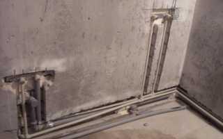 Скрытый водопровод в ванной под кафель