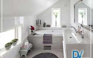 Ванная комната на мансардном этаже дизайн фото
