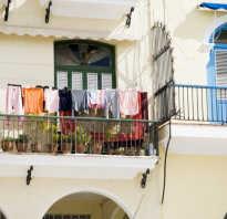 Белье на балконе фото