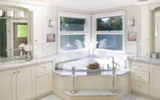 Ванная комната с ассиметричной ванной дизайн